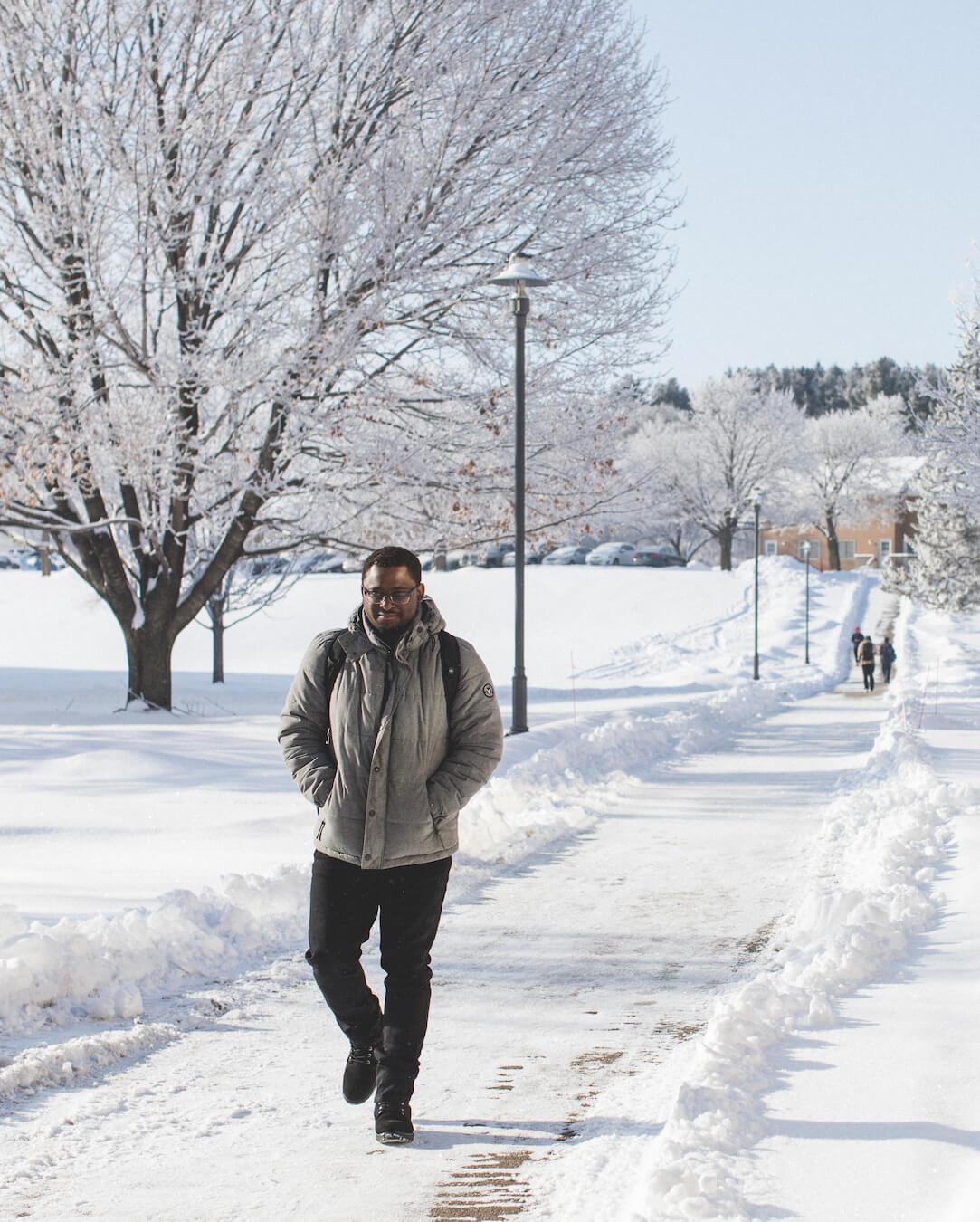 Student_walking_winter