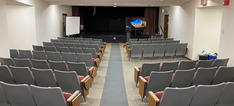 Simpson_auditorium_wide